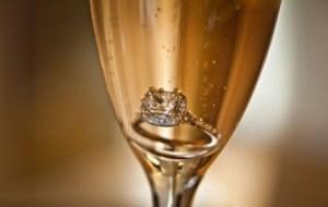 Πώς κάνει το κάθε ζώδιο πρόταση γάμου