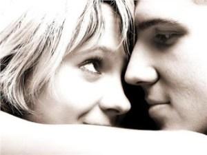 Και πότε κινδυνεύει να γίνει νοσηρή; Ποια είναι τα κριτήρια μιας υγιούς ερωτικής σχέσης;