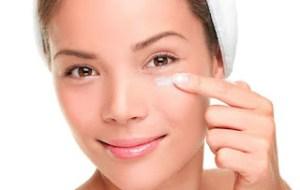 Σπιτικό gel για κουρασμένα μάτια