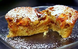 Νηστίσιμο κέικ με μήλο και κανέλα