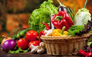 Read more about the article Ποια φρούτα και λαχανικά έχουν υψηλότερο επίπεδο φυτοφαρμάκων