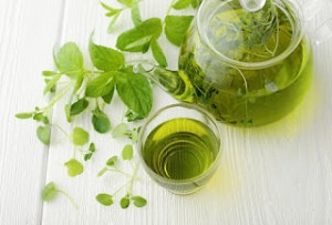 Πράσινο τσάι, θαυματουργή δράση ενάντια σε καρκίνο, καρδιαγγειακά και τερηδόνα