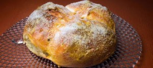 Αρωματικό ψωμί για το Πάσχα