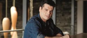 Θύμα άγριου ξυλοδαρμού έπεσε o τραγουδιστής Γιώργος Δασκαλάκης