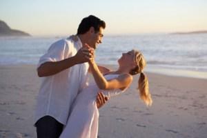 Τι κρατάει ζωντανό το πάθος στις μακροχρόνιες σχέσεις;