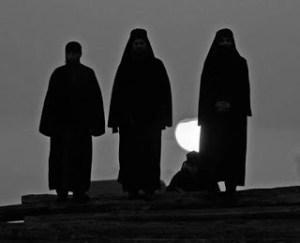 Οι 12 Αόρατοι μοναχοί του Αγίου Όρους
