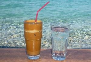 Read more about the article Τι Κάνει Ο Καφές Φραπέ Στη Χοληστερίνη – Θα Εκπλαγείτε…