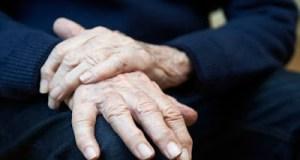 Νόσος του Πάρκινσον: Πώς ένα «κακό» ένζυμο μπορεί να προστατεύει τον εγκέφαλο
