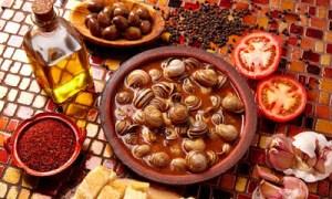Νηστίσιμη συνταγή: Σαλιγκάρια γιαχνί μια συνταγή του μοναχού Επιφάνιου