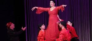 Επέστρεψε στη θεατρική σκηνή η Ζωζώ Σαπουντζάκη! Δείτε φωτογραφίες από την πρεμιέρα της