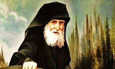 Read more about the article Θαύμα στον τάφο του Άγιου Παΐσιου που συγκλονίζει