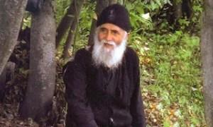 Αγιος Γέροντας Παΐσιος: Ο ουράνιος μισθός από την αρρώστια