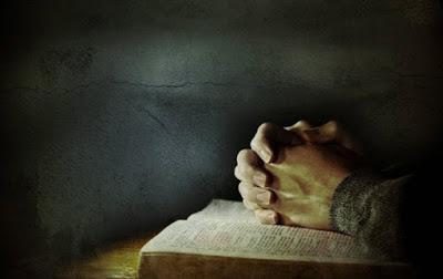 Read more about the article Η Προσευχή προς τους Αγίους και η Δοξολογία προς τον Θεό