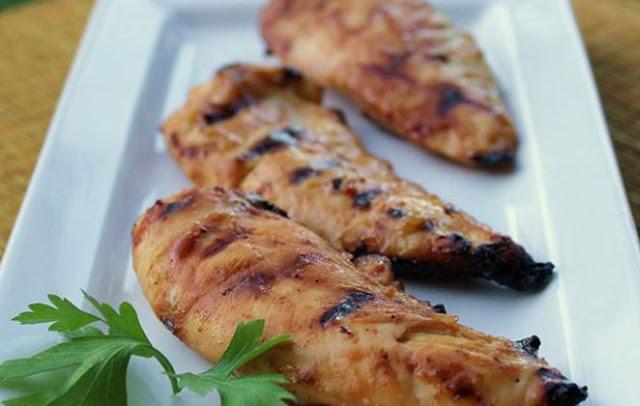 Read more about the article Ψητό κοτόπουλο με μέλι και μουστάρδα