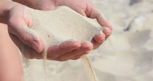 Τα ψέματα είναι σαν την άμμο… ό,τι κι αν στηρίξεις πάνω τους κινδυνεύει να γκρεμιστεί