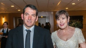 Read more about the article Πένθος για τον Πύρρο Δήμα: Έφυγε από τη ζωή η σύζυγός του