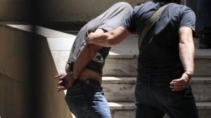 Άμφισσα: Κάτω από δρακόντεια μέτρα ασφαλείας απολογείται ο κρεοπώλης που σκότωσε τη 13χρονη