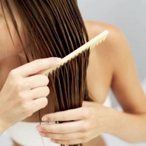 Για να μακρύνουν γρήγορα τα μαλλιά σας δοκιμάστε τη μάσκα από αυγό