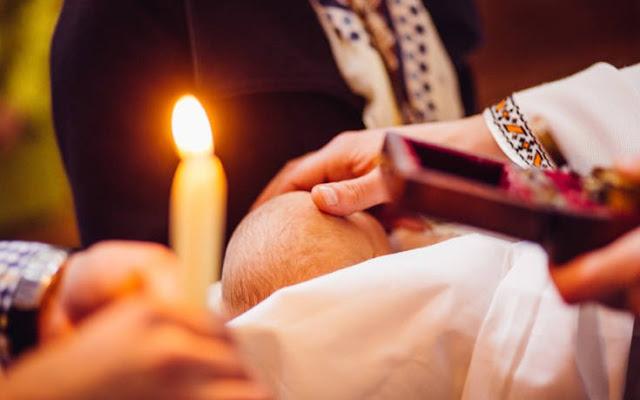 Read more about the article Θύελλα διαμαρτυριών για απαγόρευση βαπτίσεων μετά την τέλεση πολιτικού γάμου