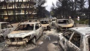 Φωτιά Αττική: Εθνική τραγωδία – Στους 24 οι νεκροί της πυρκαγιάς, εκατοντάδες οι τραυματίες