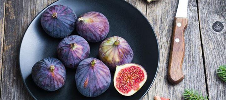 Read more about the article 10 λόγοι για να ξεκινήσετε την ημέρα σας τρώγοντας σύκα