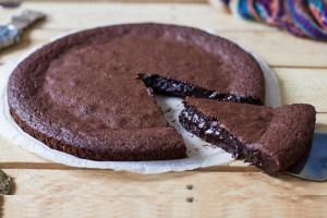 Σοκολατόπιτα με 5 υλικά