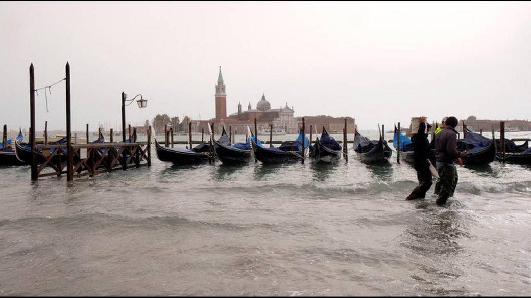 Ιταλία: Τουλάχιστον 18 νεκροί από το κύμα κακοκαιρίας που σαρώνει τη χώρα