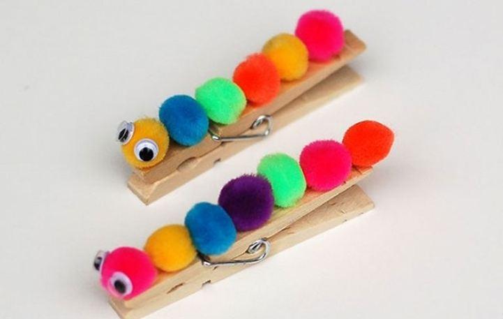 Φτιάξτε με τα παιδιά σας πολύχρωμες κάμπιες από μανταλάκια
