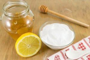 Μαγειρική σόδα συνδυασμένη με μέλι