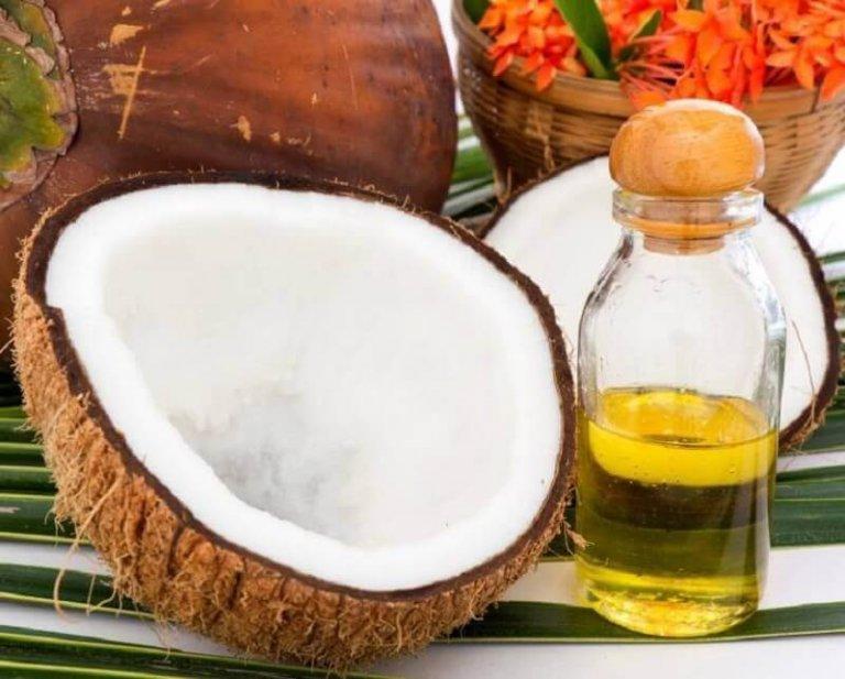 Θεραπεία με βιταμίνη C και έλαιο καρύδας