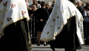 Οι μισθοί του Αρχιεπίσκοπου, Μητροπολιτών και ιερέων – Πόσοι είναι συνολικά