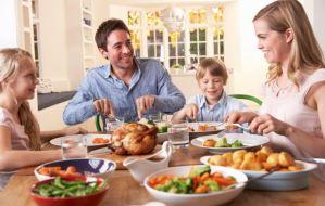 Πόσο καλό κάνει η κουβέντα ανάμεσα στα μέλη της οικογένειας;