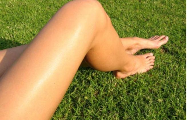 Θέλετε να έχετε όμορφα γόνατα; Μάθετε τα μυστικά για να είναι απαλά, ενυδατωμένα και χωρίς σκληρύνσεις