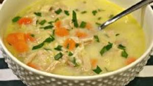 Read more about the article Κοτόσουπα με κριθαράκι και λαχανικά