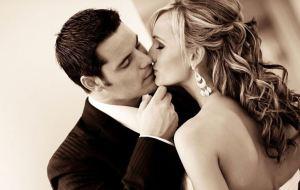 Τι δείχνει για τη σχέση σας ο τρόπος που φιλιέστε