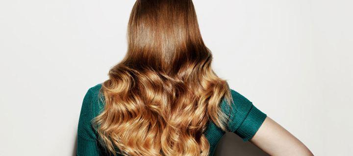 Αυτές είναι οι τροφές που θα σας χαρίσουν δυνατά και λαμπερά μαλλιά!