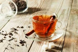 Τσάι κανέλας για για να μειώσετε το φούσκωμα και την καούρα