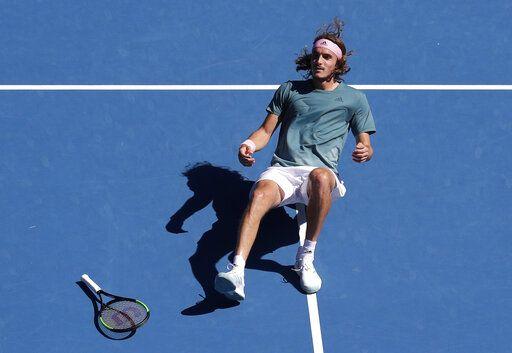 Θρίαμβος για τον Στέφανο Τσιτσιπά και το ελληνικό τένις. – Προκρίθηκε στα ημιτελικά