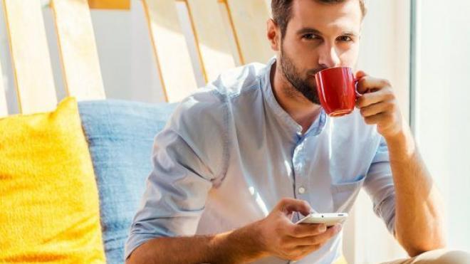 Γιατί ο καφές μάς κάνει να θέλουμε να πάμε τουαλέτα;