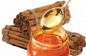 Έγχυμα λεμονιού με μέλι και κανέλα για την αντιμετώπιση του ενοχλητικού βήχα