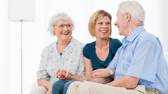 Ηλικιωμένοι: Όσο πιο κοινωνικοί, τόσο πιο υγιείς