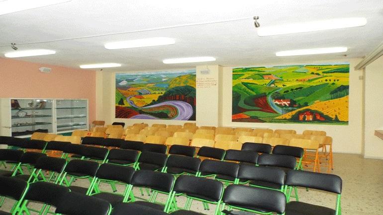 Τρίκαλα: Ένα σχολείο γεμάτο από πίνακες ζωγραφικής