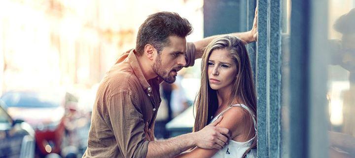 Γιατί οι άνδρες και οι γυναίκες ζηλεύουν διαφορετικά;