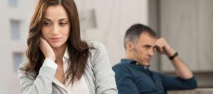 Τι προκαλεί τη ζήλια σε μια σχέση