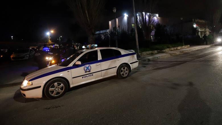 Read more about the article Θρίλερ στη Θεσσαλονίκη: Νεκρός άνδρας από σφαίρα στη μέση του δρόμου