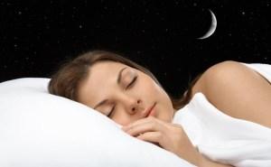 Γιατί παραμιλάμε στον ύπνο μας;