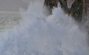 Κακοκαιρία: Έρχονται αεροχείμαρροι, καταιγίδες, χαλάζι και χιόνια