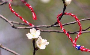 Το βραχιολάκι του Μαρτίου – Η ιστορία και το έθιμο του «Μάρτη»!