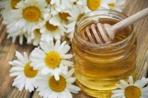 Χαμομήλι και μέλι για τις ημικρανίες