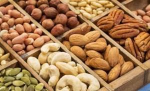 Read more about the article Ποιον ξηρό καρπό πρέπει να τρώτε για να μην αρρωσταίνετε ποτέ